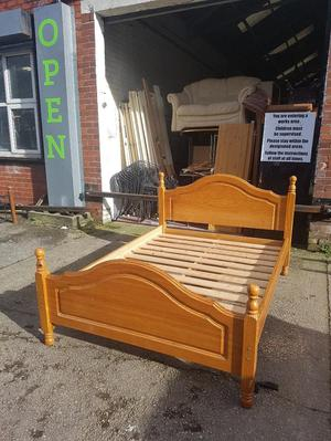 4,6 FT Pine Double Bed Frame Wooden Frame