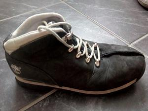 Boys Timberland boots. Junior size 5.
