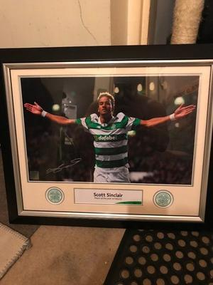Celtic Signed Sinclair Player Of The Year Print