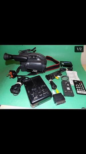 JVC Compact Videomovie GR-AX40 Camcorder
