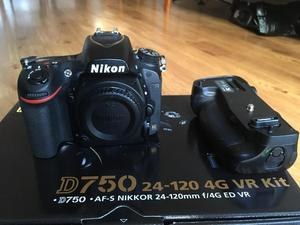 Nikon D750 body and grip