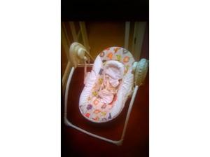 baby swing with music £10 in Peterborough
