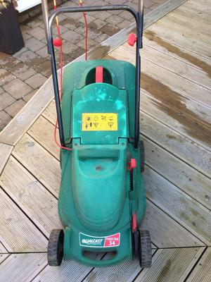 Qualcast 34 electric lawnmower