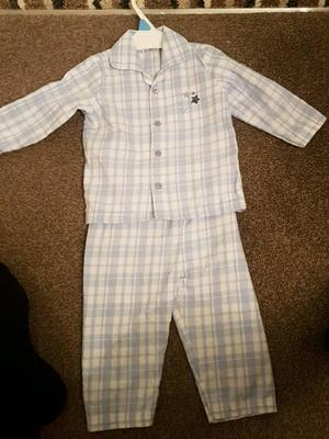 Baby boy clothes good conditons hardly been worn 9-12month pick up only ferryhill