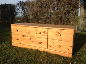 Excellent Kid's Pine Chest of Drawers