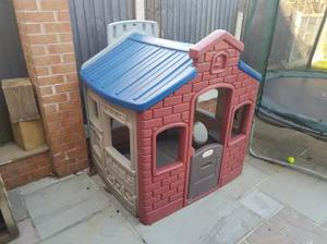 little tikes Town House playhouse