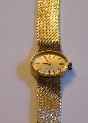 LADIES 9 CT GOLD GENUINE ROLEX WATCH