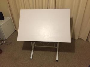 Adjustable Art Desk