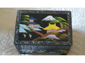 Beautiful Chinese black lacquered jewellery box. in Farnham