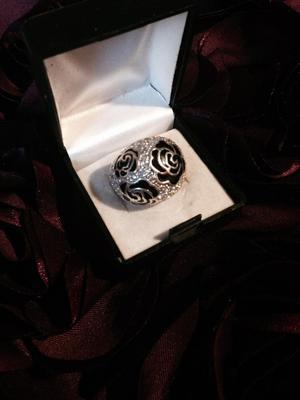 Vintage Chunky Designer Solid Silver Black Enamel & CZ Dome Ring Size P
