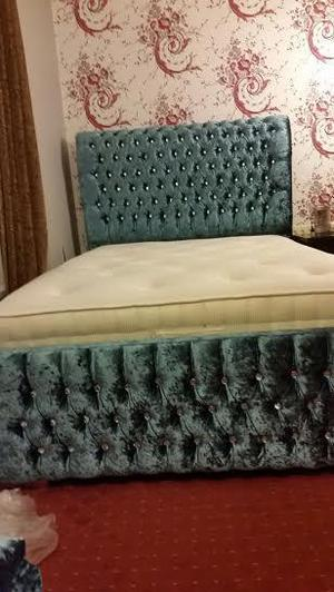 TEAL CRUSHED VELVET HAND MADE BED WITH DIAMANTES - DOUBLE