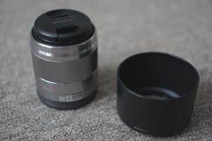 50mm f1.8 OSS - Sony e-mount (NEX,A-A etc) - SEL50F18 - Boxed silver lens with hood,caps