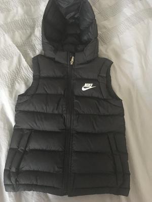 Boys Nike body warmer