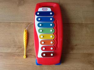 Little Tikes 8 Note Pull Along Xylophone Musical Toy