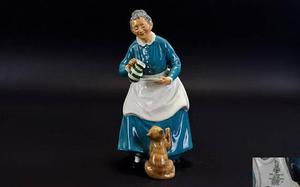 Royal Doulton Early Figure ' The Favourite ' HN. This Fi