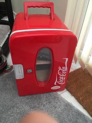 Small Coca Cola fridge mains lead