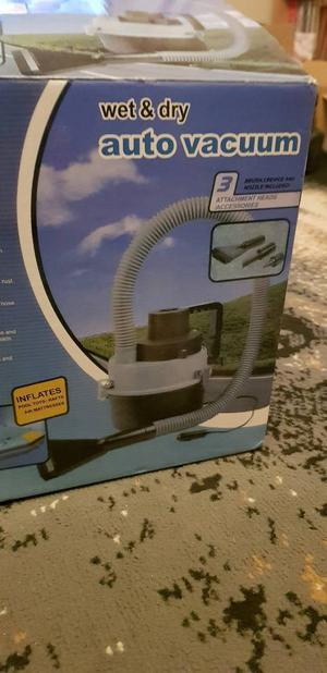 Brand new wet and dry AUTO VACUUM for sale
