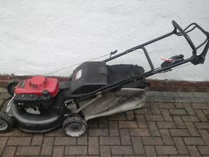 Honda HRH536 Hydrostatic Selp Propelled 21 inch Petrol Lawnmower... SERVICED