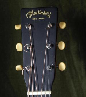 Martin CE0-7 in near perfect condition with Fishman pick-up