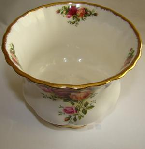 Royal Albert Old Country Roses 2 Sugar Bowls