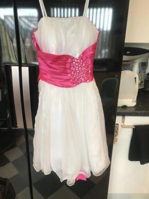 Size 8 prom dress never worn