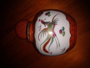 VINTAGE ZHONGGUO JINGDEZHEN GINGER JAR WITH ORIGINAL CORK STOPPER