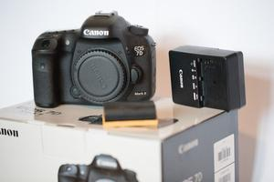 Canon EOS 7D Mark II DSLR