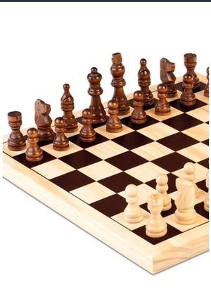 BNIP New Cayro Wooden 30 x 30 cm Chess Set