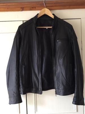 Italian designer small mens leather jacket by Vera Pelle, Sorrento Italy