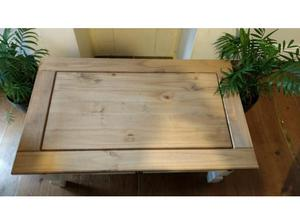 Lovely white and pine coffee table with black metal