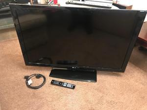 """LG 42LD"""" LCD TV"""
