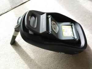 Maxi-Cosi FamilyFix car seat base