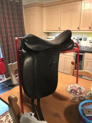 Oakfield Dressage Saddle