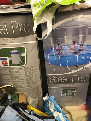 Bestway Steel Pro swimming pool
