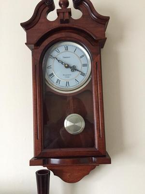 Reproduction pendulum clock