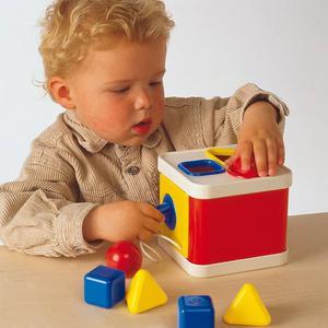Ambi Toys Shape Sorter Lock a Block