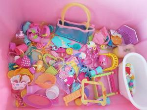 MY LITTLE PONY BOX OF ACCESSORIES