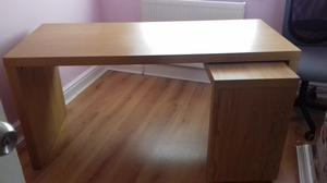 Desk with pull out panel posot class for Ikea desk with pull out panel
