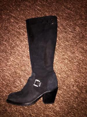 Suede Knee high boots. Never worn. Size six.