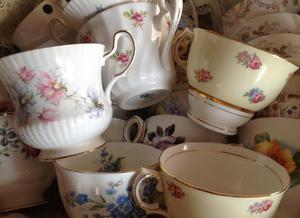 30 bone china cups. No saucers. Vintage. Perfect