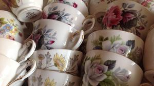 50 vintage bone china cups and saucers. Floral. Perfect
