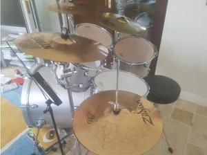 Full Drum Kit with cymbals and drum bags in Larne