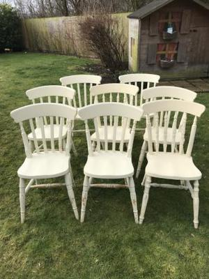 Set of 8 kitchen chairs