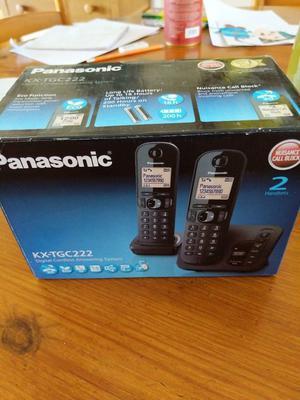 Panasonic kx-tgc222 Digital Cordless Phones and Answering System Brand New