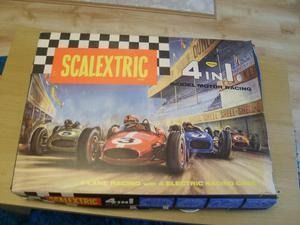 SCALEXTRIC RACING SET (4 IN 1 VINTAGE SET)
