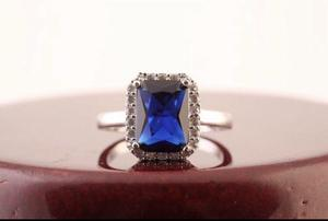 18 KARAT WHITE GOLD PLATED GEMSTONE SOLITAIRE RING SIZE K/L NEW