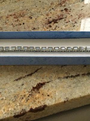 Genuine vintage sterling silver bracelet with genuine mother of pearl stones Hallmarked 925