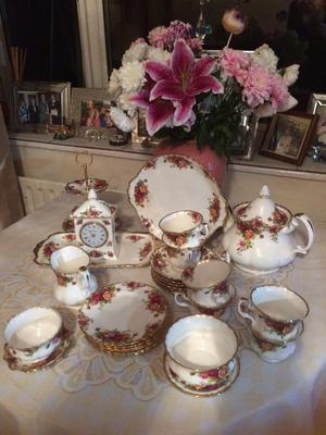 Royal Albert Bone China 28 piece Tea Set