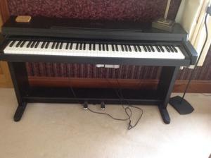 Yamaha clavionva piano