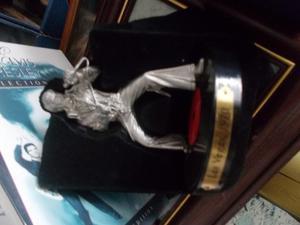 elvis presley  pewter figure in tin looks like new